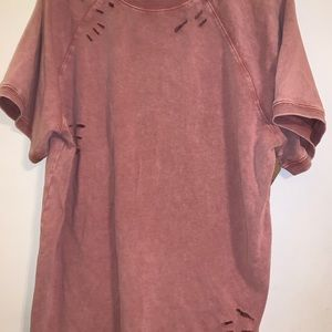 Easel brand distressed top new size large